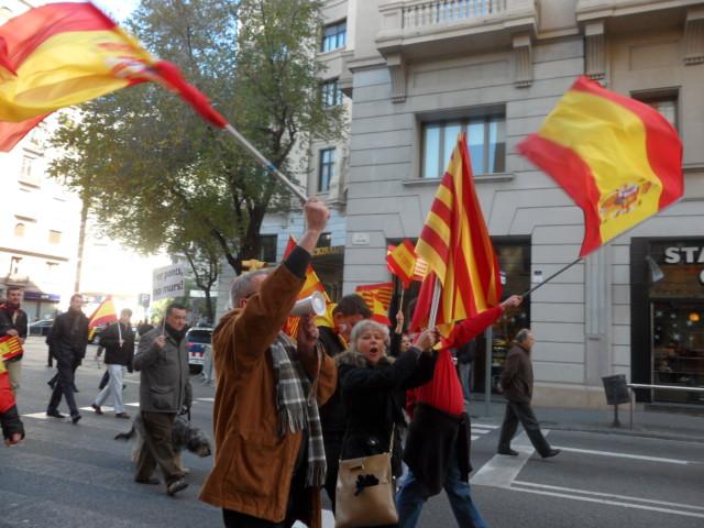 6 Diciembre banderas