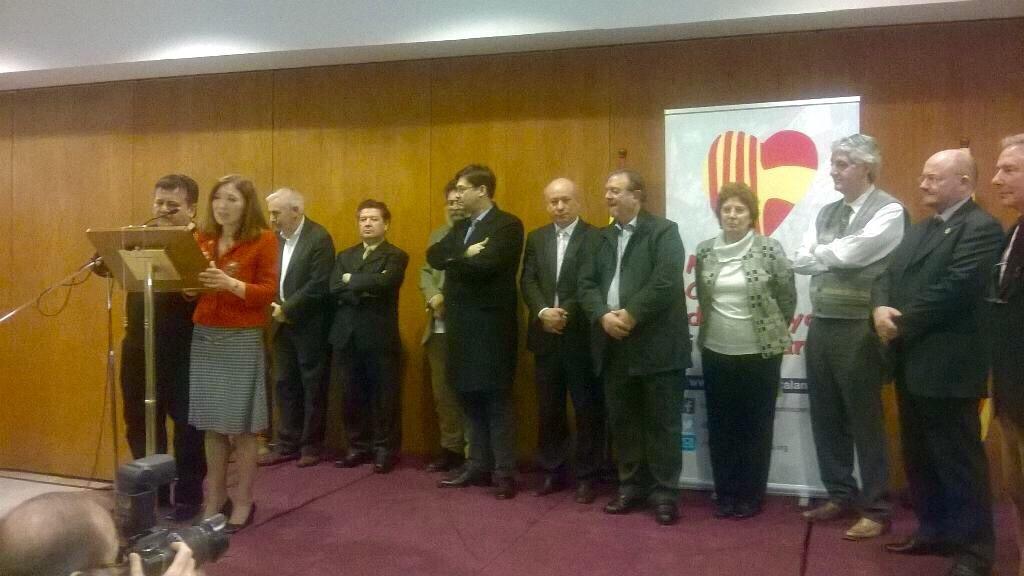 premio catalanes por españa 2015